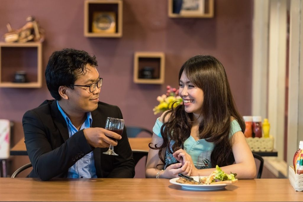 A Romantic Dinner with your Date - 4 Best San Francisco Dating Ideas