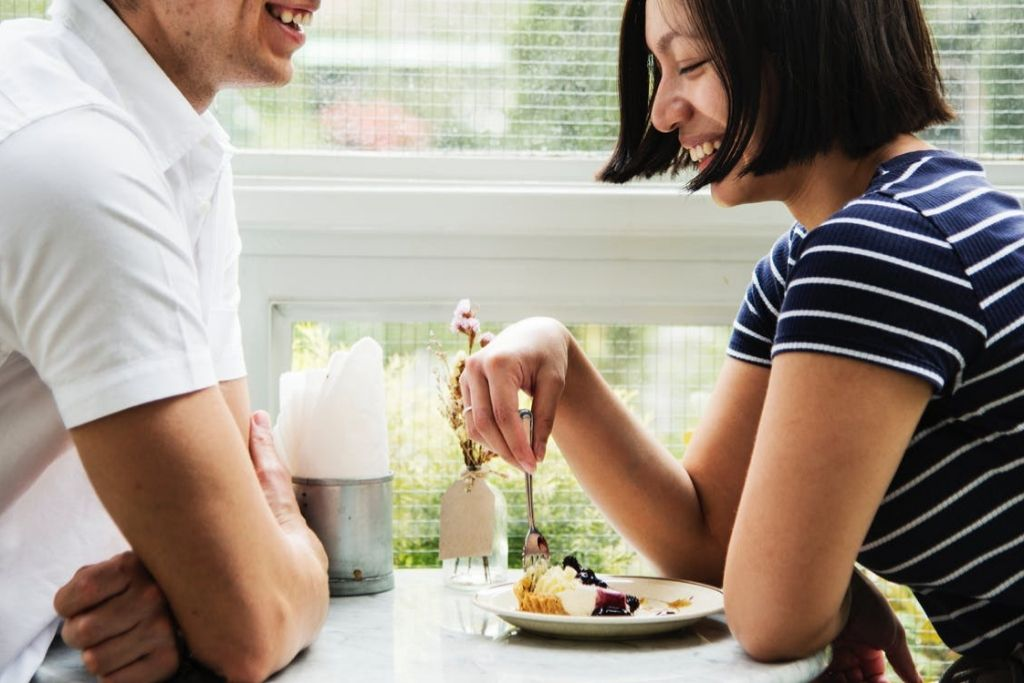 Brunch Date - 6 Best Philadelphia Dating Ideas