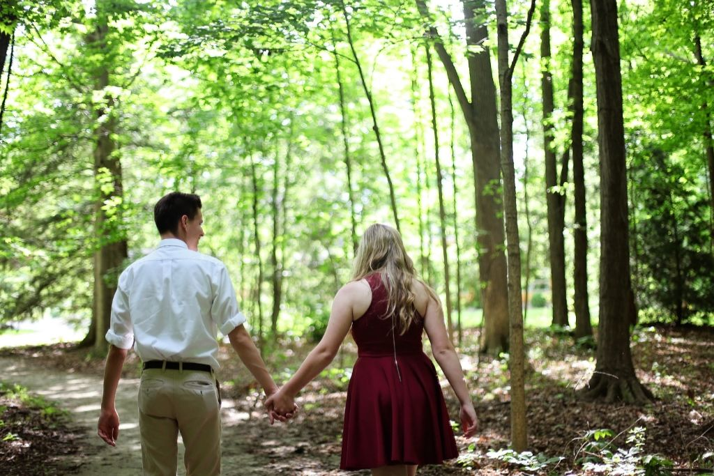 Check Out Walking Trails Together - 5 Best Phoenix Dating Ideas