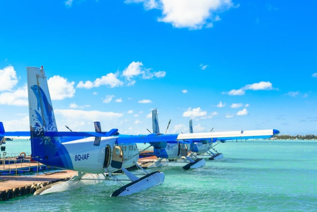 Fly on a Seaplane - Seattle Dating Ideas