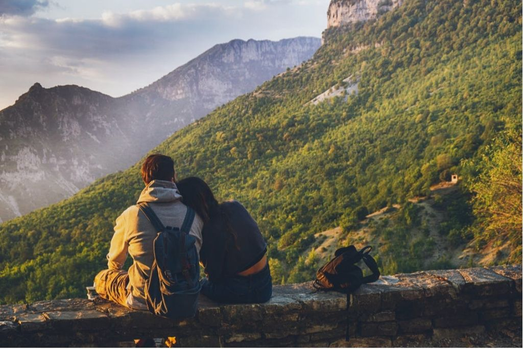 Go for Hiking Date Together - 4 Best San Francisco Dating Ideas