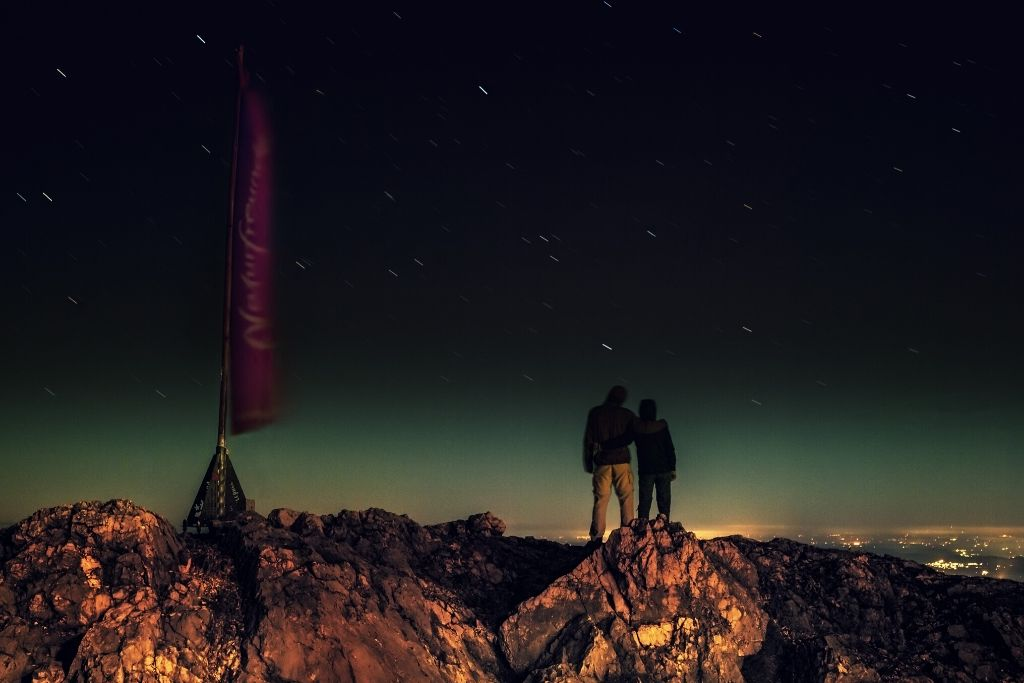 Go for Stargazing Date - Denver Dating Ideas