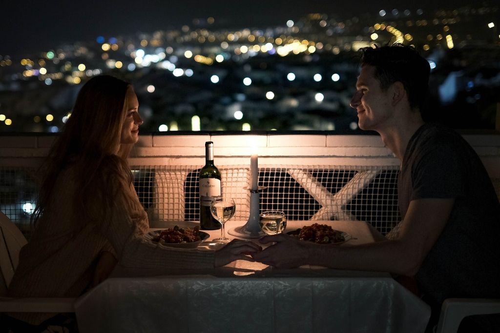 Go for a Romantic Dinner - 4 Best New York Dating Ideas