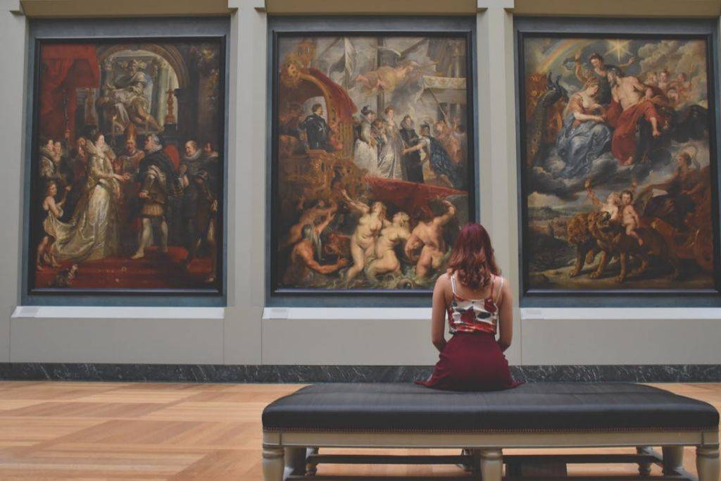 Go for an Artistic Date - 5 Best Fort Worth Dating Ideas