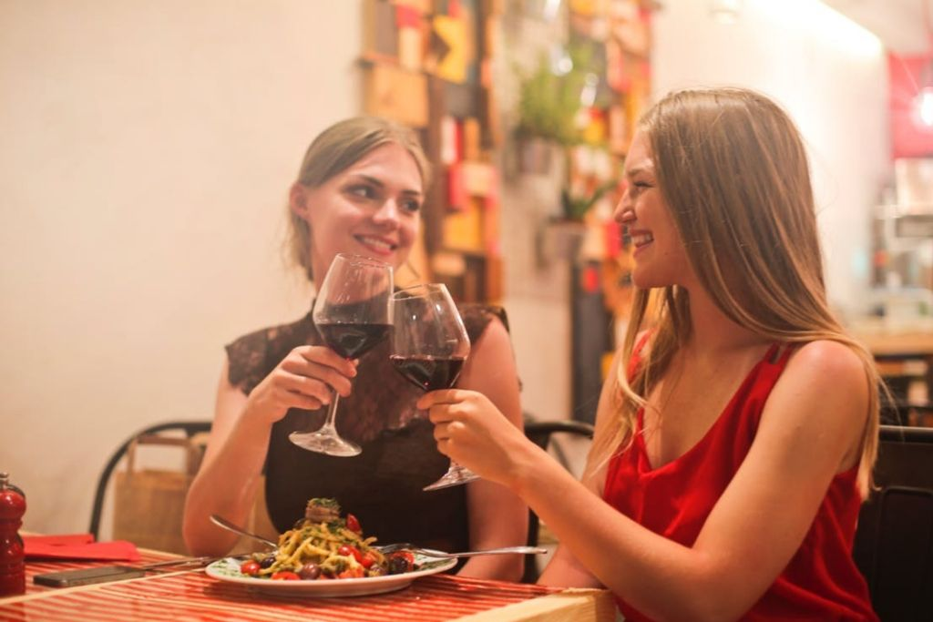 Romantic Date on a Restaurant - 5 Best Fort Worth Dating Ideas