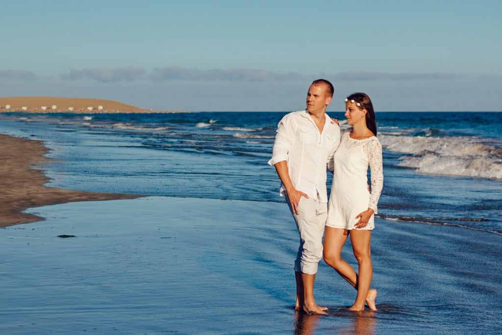Take your Partner to Beaches - 6 Best San Diego Dating Ideas