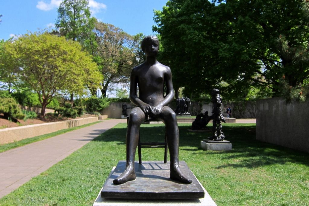 Visit the National Gallery of Art's Sculpture Garden - Washington Dating Ideas