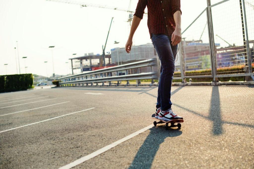 Go for Roller Skating - Fresno Dating Ideas