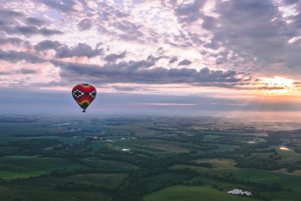 Hot Air Balloon Ride for Dating in Oakland