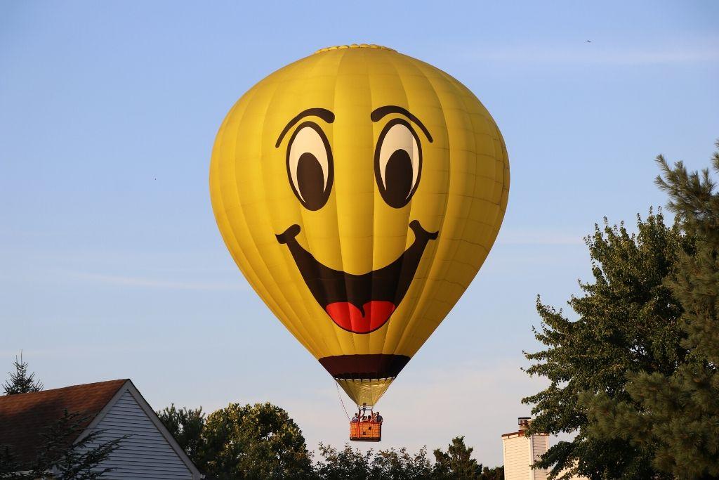 Take a Hot Air Balloon Ride - Colorado Springs Dating Ideas